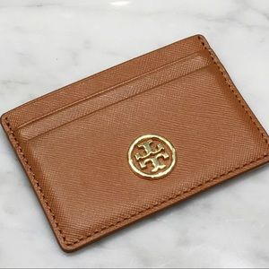 Tory Burch Robinson Card Case in Brown Leather